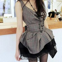Fashionista Chic Cowl Neck Grey Plaids Sleeveless Top. Gingham Top
