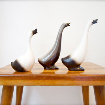 Vintage Howard Pierce California Set of Brown and Cream Pottery Geese Birds 50s