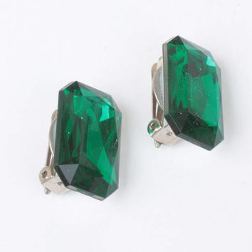 Emerald Green Faceted Glass Earrings Designer Carolee Original Card Vintage