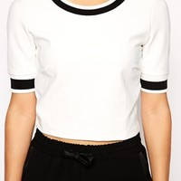 Vla Cropped Boxy Top With Contrast Neckline