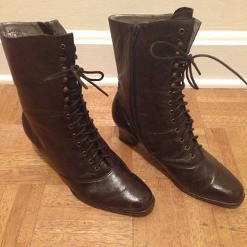 Vintage 80s Dark Mahogony Brown Leather Granny Ankle Lace up Boots Size 10.5, steampunk