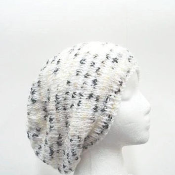 Knitted slouch hat white and multi-colors 5233