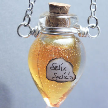 Miniature Prop Felix Felicis Droplet Necklace