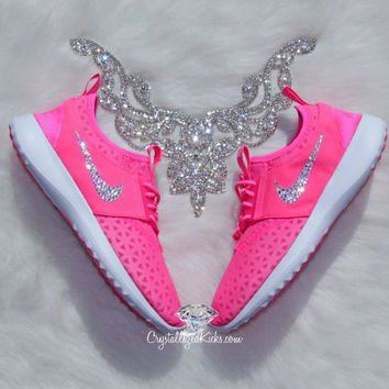 Women's Nike Juvenate Made with SWAROVSKI® Crystals  - Pink Blast/White/Pink Blast/Black