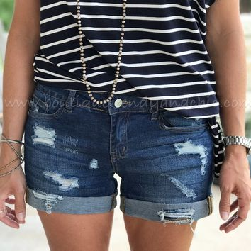 JUDY BLUE DISTRESSED DENIM SHORTS