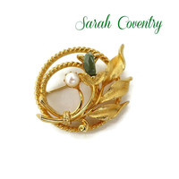 Sarah Coventry Circle Brooch, Twisted Gold Tone Flower Pin with Faux Pearl and Jade Greet Nugget