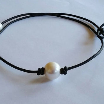 Vintage Pearl and Leather Necklace Choker + Gift Box