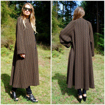 80s Long Wool Coat, MEDICI Italy Black + Brown Knit Sweater Coat, Abstract Chevron Knit Coat, Oversized Cardigan Sweater, Full Length Size 8