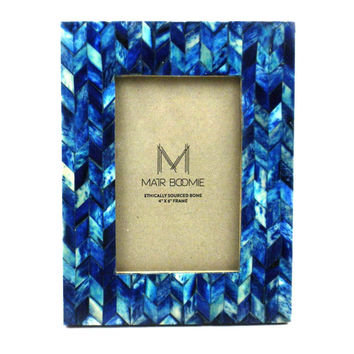 BLUE CHEVON BONE WOOD FRAME   - MATR BOOMIE