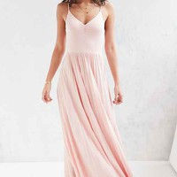 Kimchi Blue Ballet Cinch Pleated Maxi Dress