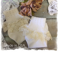 Pre-pack 2 lace cuff socks, white w ivory lace and ivory, Cotton daisy lace | SLC3