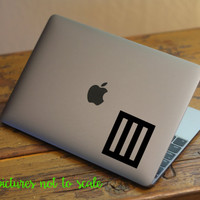 FREE SHIPPING! - Paramore decal  - Multiple sizes and styles available!
