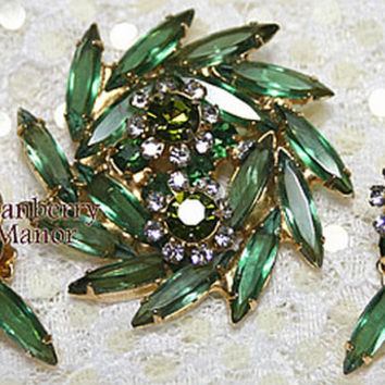 Juliana Brooch Earrings, D&E Delizza Elster Pin, Emerald Green Rhinestone Demi Parure, St. Patrick's Day, Vintage Fashion, Designer Jewelry