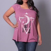 Plus Size Graphic Moon Top - Burgundy