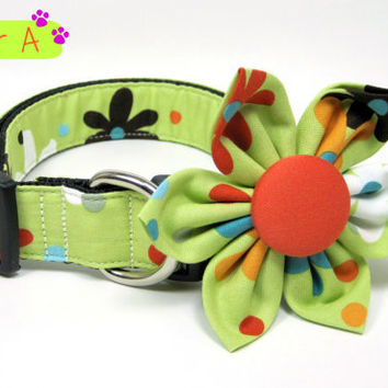 Green Multi Bright  Flower  Dog Collars with Flower set  (Mini,X-Small,Small,Medium ,Large or X-Large Size)- Adjustable