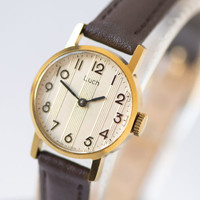Round watch Ray gold plated woman's wristwatch streaky face watch tiny premium leather strap new
