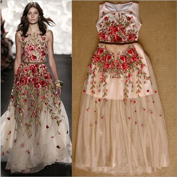 New fashion embroidered dress Delicate flower embroidery goddess dress