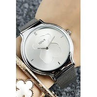 8DESS TOUS Woman Men Fashion Quartz Classic Wristwatch Watch