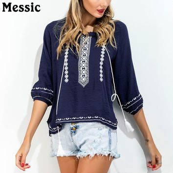 2018 Summer T Shirt Women Tassels Embroidery Half Sleeved O-neck Loose Comfort Free Size Puff Sleeve Vintage Ethnic Print Tops