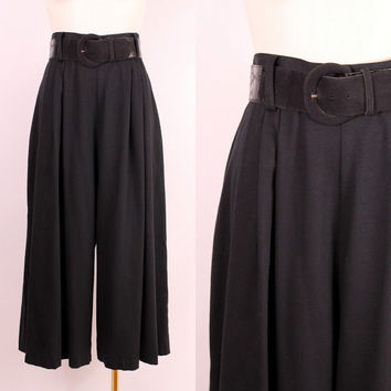 Vintage 80s 90s - Black High Waist Pleated Wide Leg Gaucho Cropped Palazzo Trouser Pants w/ Wide Belt