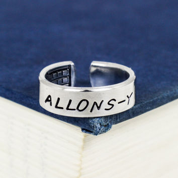 Allons-y - Doctor Who - TARDIS - Adjustable Aluminum Ring