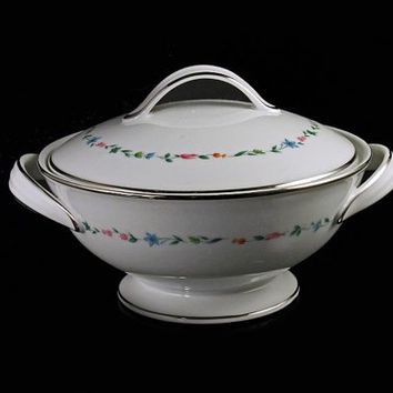Sugar Bowl, Noritake China, Lovell Pattern