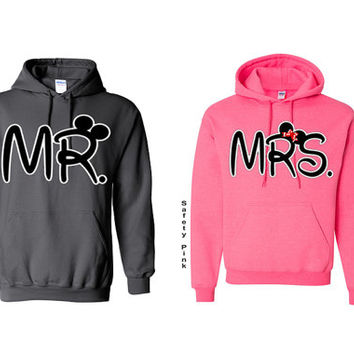 Soul Mate -Mr. & Mrs.  - Couple Hoodie - Couple Sweatshirt - Hoodie-Trap  King Trap  Queen-  - Mr Mrs - Love-Sweatshirt - Hooded Sweatshirt