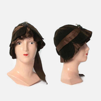 Vintage 20s CLOCHE HAT / 1920s Dark Brown Velvet & Silk Ribbon Hat