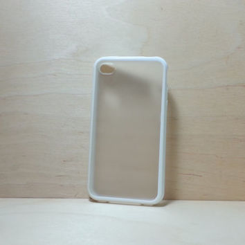 iPhone 4 / 4S Case Silicone Bumper and Translucent Frosted Hard Plastic Back - White