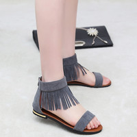 Summer Sandals Women Flat Fashion Sandals Comfortable Ladies Shoes New Women Plastic Chain Beach Shoes