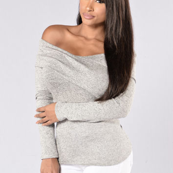 Art Gallery Top - Grey