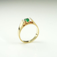 Vintage 14K Gold Ring Emerald Gemstone Modernist Jewelry