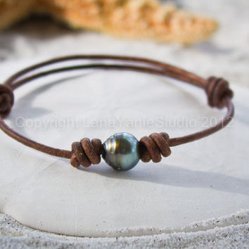 Tahitian Black Pearl and Leather Bracelet - Tahitian pearl bracelet - genuine Tahitian pearl bracelet - black pearl bracelet
