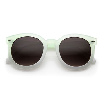 Woman's Round Horned Rim P3 Summer Festival Pastel Sunglasses 9611