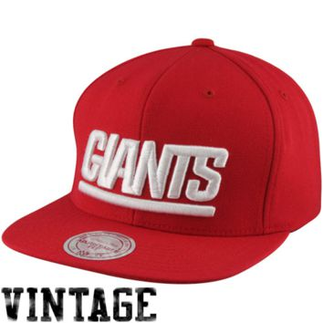 Mitchell & Ness New York Giants Throwback Basic Vintage Logo Snapback Hat - Red
