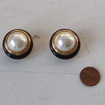 Pearl Black Enamel Gold Plated Clip On Earrings Christian Dior Logo Vintage Costume Jewelry
