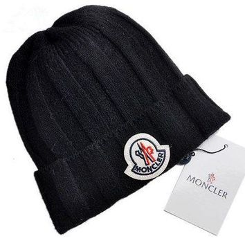 VLX0E4 Moncler Style3 Cable Knit Beanie