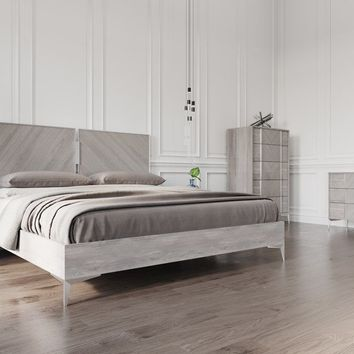 Nova Domus Alexa Italian Modern Grey Bedroom Set - Queen
