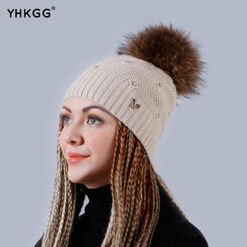 YHKGG Beanies Cap Adjustable Hat's Size Rabbit Women's Hats with Natural Real Raccoon Fur Pom Pom Winter Crochet Hat  H009-B