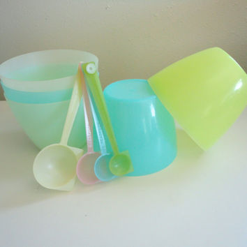 Vintage Tupperware Bowls In Pastel Colors Yellow, Blue, and White Original 1960s Colors