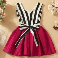 A 092537 V-neck striped tutu dress stitching