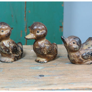 Three Little Vintage Stoneware Ducks . Made in Japan Circa 1950s . Collectible Duckling Figurines