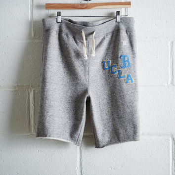 Tailgate Men's UCLA Cut-Off Fleece Short, Gray Heather