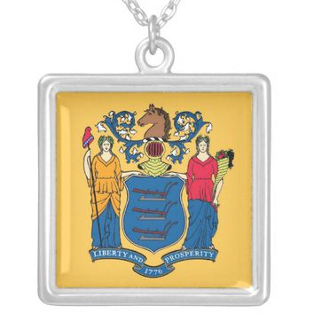 Elegant Necklace with Flag of the New Jersey