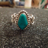 Authentic Navajo,Native American,Southwestern sterling silver chain link band turquoise ring. Size 10 1/2. Man or woman.