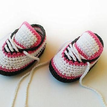 ONETOW Crochet baby shoes, Crochet baby sneakers, Baby girl crochet sneakers, Newborn convers