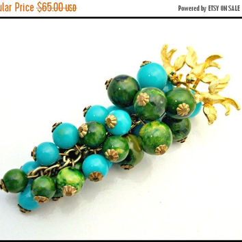 Cadoro Brooch Bakelite Green and  turquoise Glass Bead Grape Cluster with gold birds