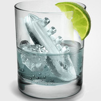 Fred & Friends Gin & Titonic Ice Cube Tray | fredflare.com