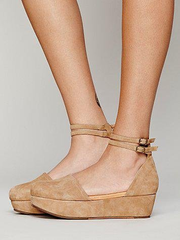 ba197e6ce56b Gee Wawa Womens Daphne II Platform from Free People