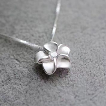Shuangshuo 2017 Simple Box Chain Silver Cherry Blossom Pendant Necklace for Women Japanese Sakura Flower Necklace Punk Jewelry